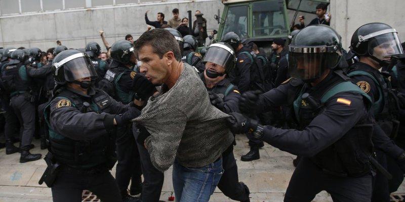 El Gobierno de España no ha sabido respaldar a sus policías nacionales y a sus guardias civiles