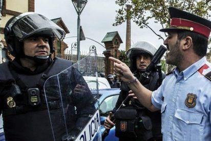 La Policía Nacional intenta impedir que los Mossos incineren documentos 'comprometedores'