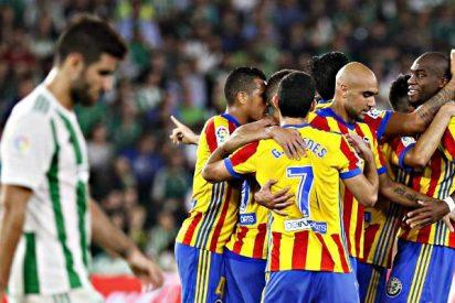 El Valencia se pone segundo en Liga tras un partido de locura en Sevilla