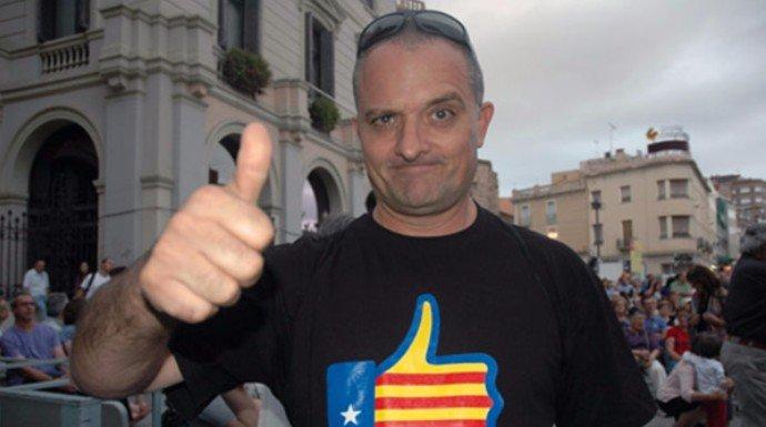 Este es el miserable autor del mayor bulo sobre la pantomima del 1-0: ¡un humorista de TV3!