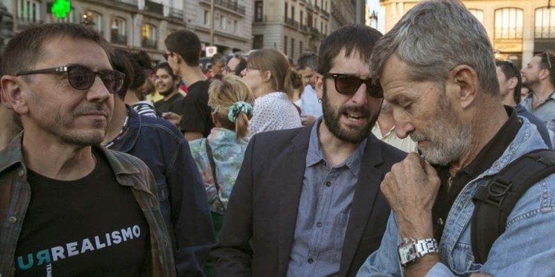 Un tuitero raso pone firmes al cobardón 'general' de Podemos