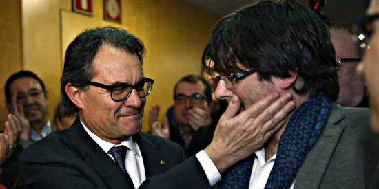 Así es la máquina de propaganda de la Generalitat: más de 300 millones anuales de dinero público