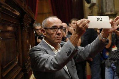El papelón de Podemos en la votación del Parlament catalán agrava su crisis