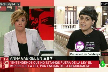 El 'zasca' de Cristina Pardo que puso a la catabatasuna Anna Gabriel roja perdida