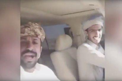 [VIDEO] Mueren en un aparatoso accidente de coche en Arabia Saudita y lo transmiten por Snapchat