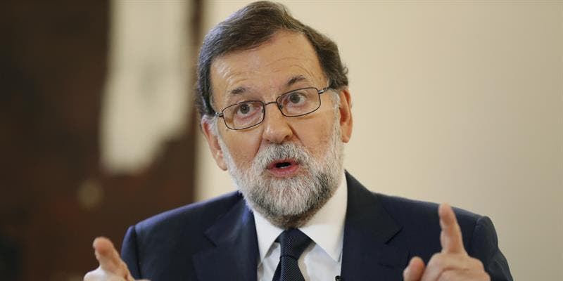 Si Rajoy no se pone las pilas, la España de las banderas entenderá que le toman el pelo