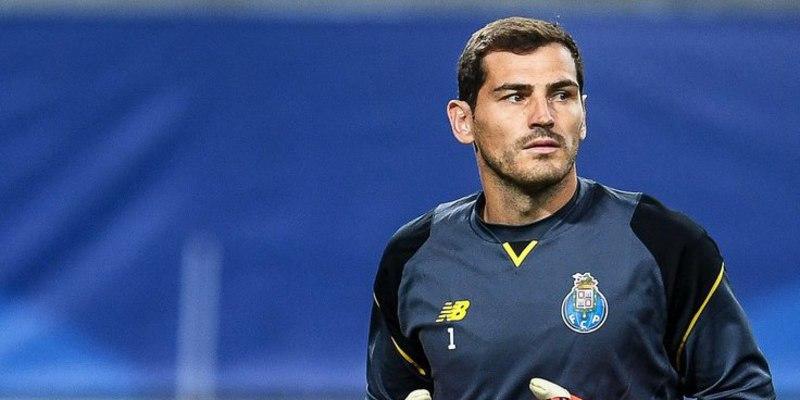 El gran Íker Casillas revive en el Oporto la pesadilla de la suplencia
