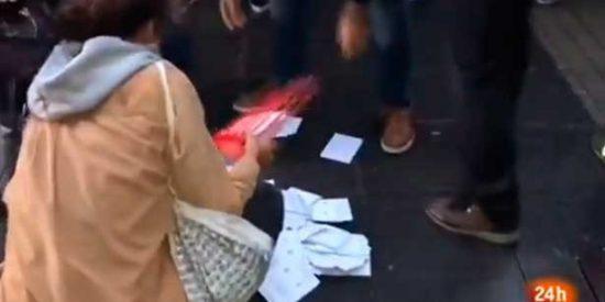 La urna que cae al suelo llena de papeletas y destapa el pucherazo bananero