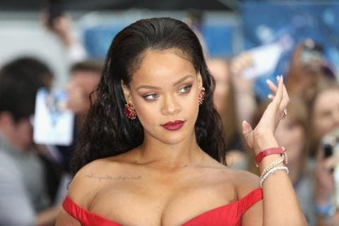 Tiradita en la cama: Rihanna se vuelve salvaje en Instagram con esta foto