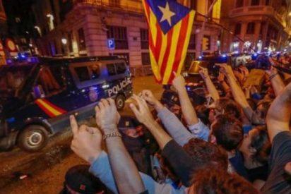"""Xenofobia y terror en las escuelas de Cataluña: """"Nuestros hijos llegan llorando del instituto y del colegio"""""""