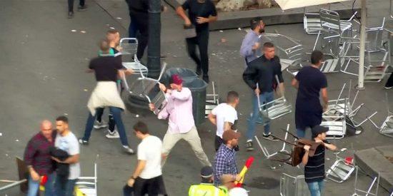Batalla campal en Barcelona entre radicales del Sabadell y antiguos Ultras Sur