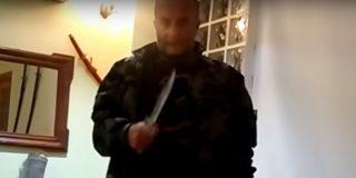 Así emplea el cuchillo este feroz yihadista del 11-S que defiende a Puigdemont
