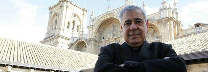 """El arzobispo de Granada recuerda que """"la Iglesia no admite una secesión"""""""