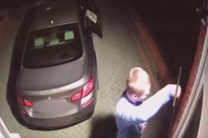 [VIDEO] Así 'Hackean' la llave inteligente de un BMW de 65.000 dólares y lo roban en menos de 60 segundos