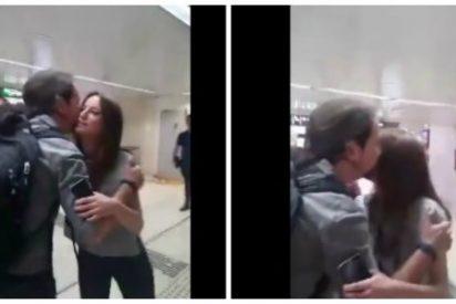 El beso cómplice de Andrea Levy con Pablo Iglesias mientras le daban una buena ración de jarabe democrático