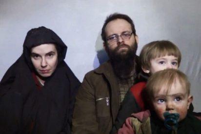 El rehén canadiense de los talibanes asegura que mataron a su hija y violaron a su mujer