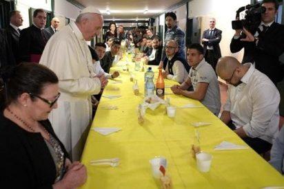 Se fugan dos reos italianos invitados a almorzar por el Papa