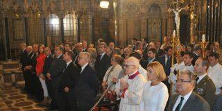 María Dolores de Cospedal reclama el sacerdocio femenino