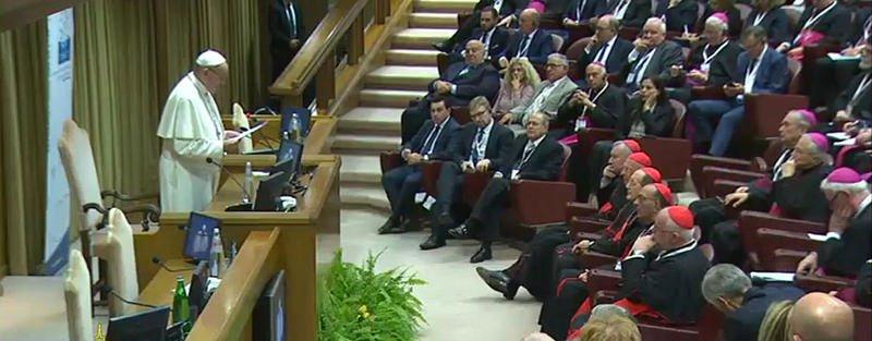 """Papa: """"Los ladrillos del edificio de Europa se llaman diálogo, inclusión, desarrollo, solidaridad y paz"""""""