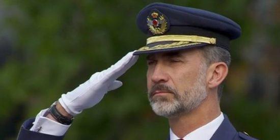 Atronadora ovación a Felipe VI en la celebración del Día de la Fiesta Nacional