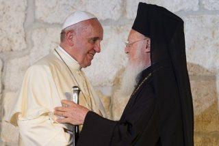El patriarca Bartolomé agradecerá en persona al papa las reliquias de san Pedro