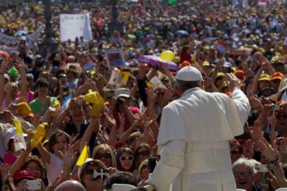 """Papa: """"Para construir el Reino hay que ensuciarse las manos"""""""