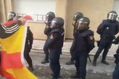 Gitanos defienden a la Guardia Civil tras romper urnas en Gerona