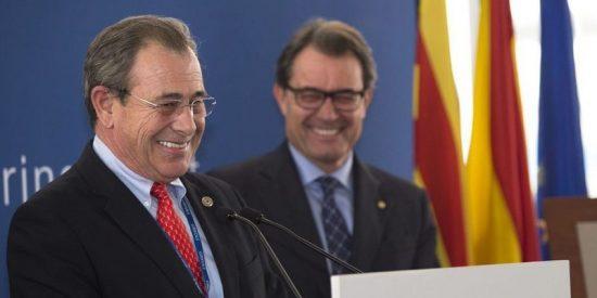 La independendentista Grifols es la única empresa del Ibex que se queda en Cataluña
