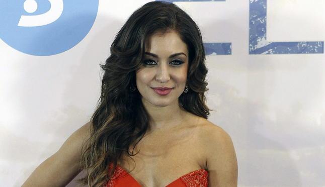 El impresionante desnudo integral de Hiba Abouk ('El Príncipe')