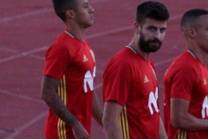"""[VÍDEO] Reciben a Piqué en Madrid con cánticos de """"cabrón, España es tu nación"""""""