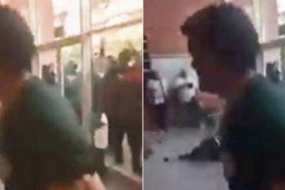 La Guardia Civil atrapa al fanático que golpeó con una silla a un agente en un colegio durante el 1-O