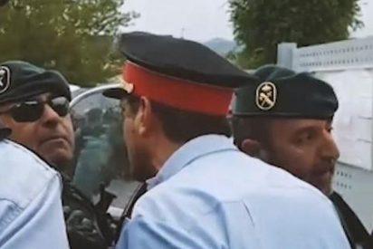 La Guardia Civil entra en Lérida en la comisaría de los Mossos e investiga moviles de los mandos