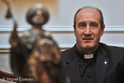"""Jesús Fernández: """"No he visto a ningún pobre ir a Cáritas envuelto en ninguna bandera"""""""