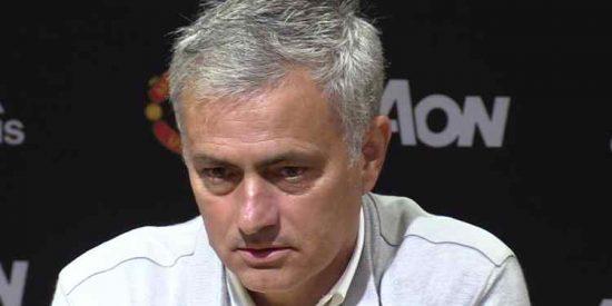 La 'guerra interna en el Manchester United con el 'ojito derecho' de Jose Mourinho