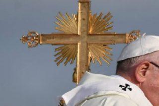 """""""¡Ojalá se muera!"""": la guerra contra el Papa Francisco"""
