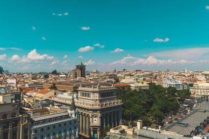 Carmena y los de Podemos prohiben aparcar en el centro de Madrid y circular a más de 70 por la M-30