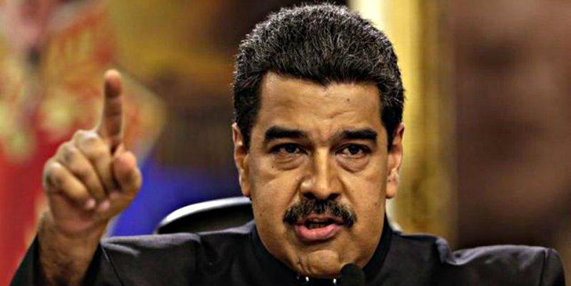 El verdugo Nicolás Maduro carga contra España y contra el Rey por celebrar la Fiesta Nacional