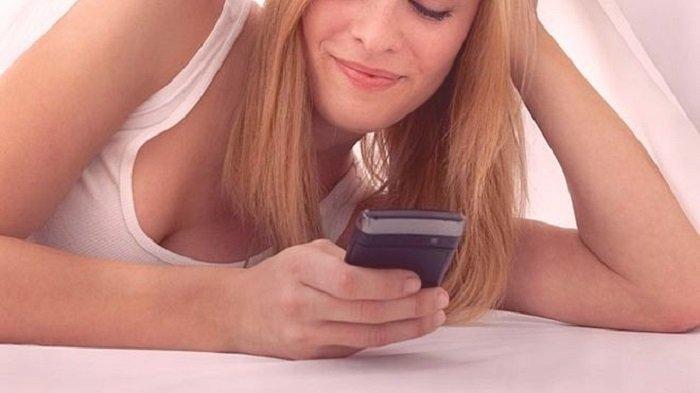 Si una mujer te envía un mensaje con estas tres palabras, te está engañando