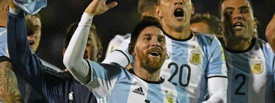 Messi hace llegar un recadito incendiario a Cristiano Ronaldo tras meter a Argentina en el Mundial