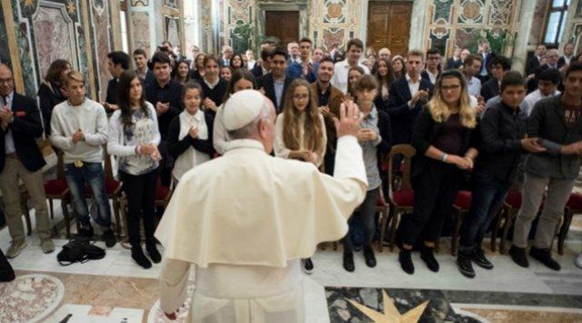 """El Papa recuerda del """"deber de conservar el planeta íntegro"""""""