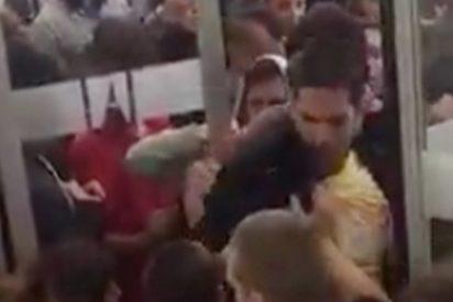 El vídeo viral de unos estudiantes de la UAB enfrentándose a un piquete para dar clase