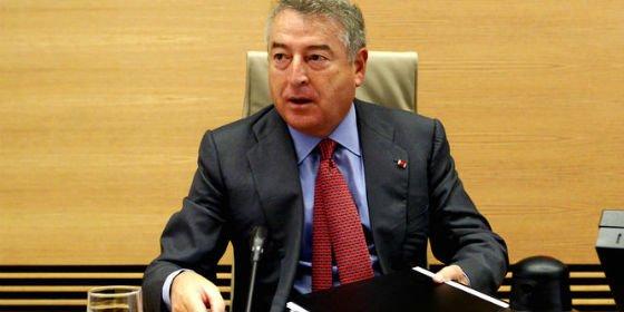 Los pelos de punta: El presidente de RTVE se chotea de los televidentes defendiendo la paupérrima cobertura sobre Cataluña