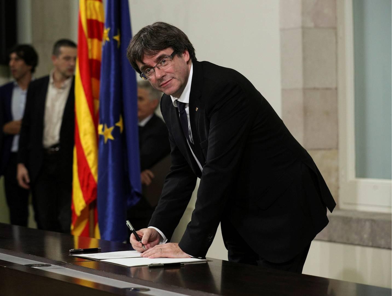 Puigdemont, el breve Presidente de la república de Cata... qué