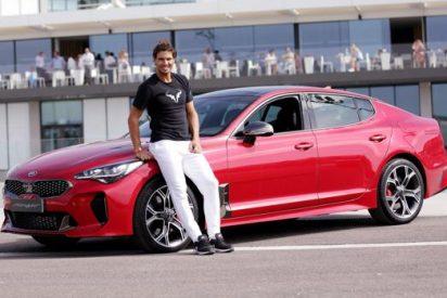Rafa Nadal estrena coche: el nuevo Kia Stinger
