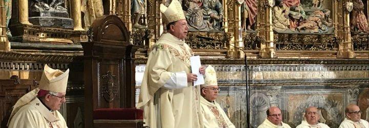 """El arzobispo castrense pide """"la vuelta a la legalidad y a la concordia dentro del marco constitucional"""""""