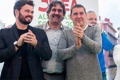 Rufián lloriquea por el encarcelamiento de los Jordis y en Twitter le sacuden una tunda de abrigo