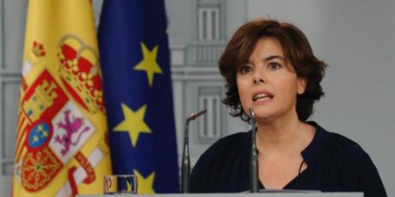 """La vicepresidenta Soraya dice que """"no hay referéndum"""" y Turull que """"ha votado el 50%"""""""