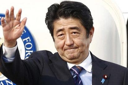 Abe da por hecha su victoria en las elecciones de Japón y pide 'humildad' a su partido