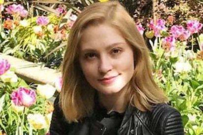 La estudiante 'extraordinaria' que se libró de la cárcel tras apuñalar a su novio y vuelve a Oxford