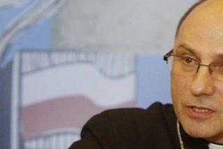 Un arzobispo polaco amenaza con suspender 'a divinis' a los sacerdotes anti-inmigrantes